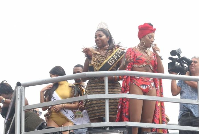 Fervo da Lud: Cantora estreia no carnaval de rua do Rio