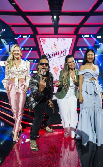 Claudia Leitte, Carlinhos Brown e Simone & Simaria no 'The Voice Kids'