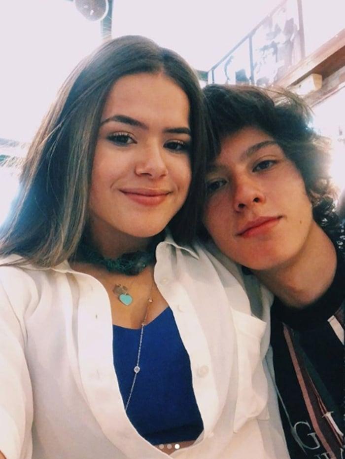 Maísa e o namorado Nicholas Arashiro