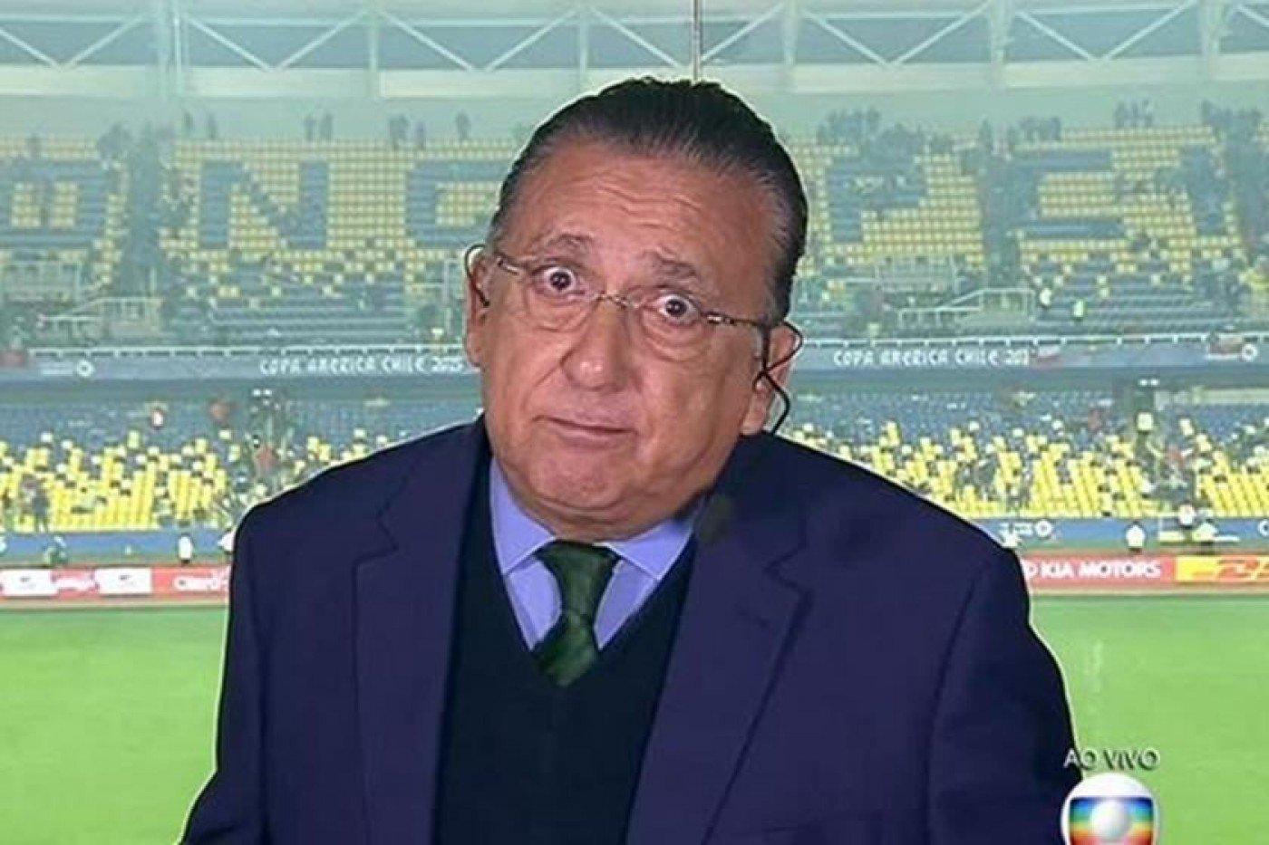 Irmã de Neymar detona Galvão Bueno por críticas ao atacante: 'Vai lá entrar em campo'