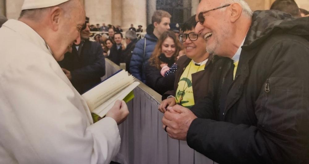 Padre Renato Chiera apresentou seu trabalho com a popula��o de rua
