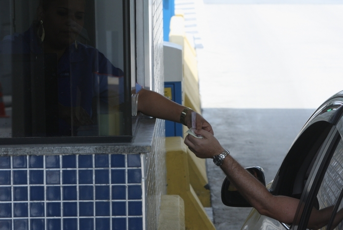 Motoristas pagarão mais caro a partir desta quarta-feira em algumas rodovias do Estado do Rio