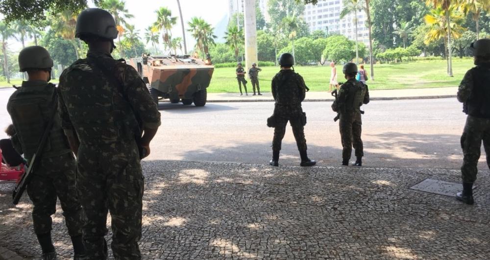 Militares no Aterro do Flamengo
