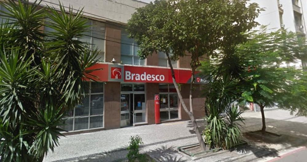 PM atirou em vigilante ao confundi-lo com assaltante em banco de Laranjeiras