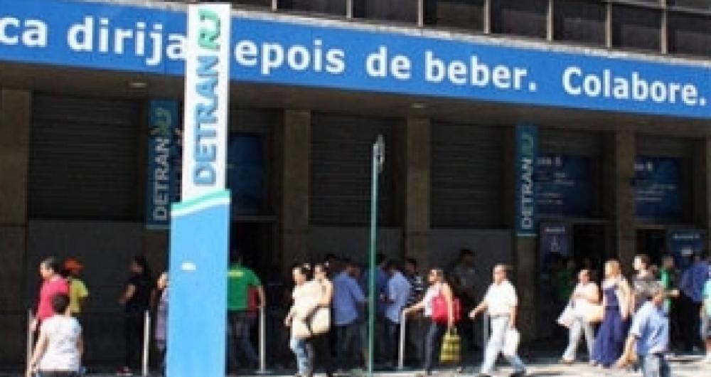 Crise financeira causou o atraso no pagamento do IPVA de diversas pessoas