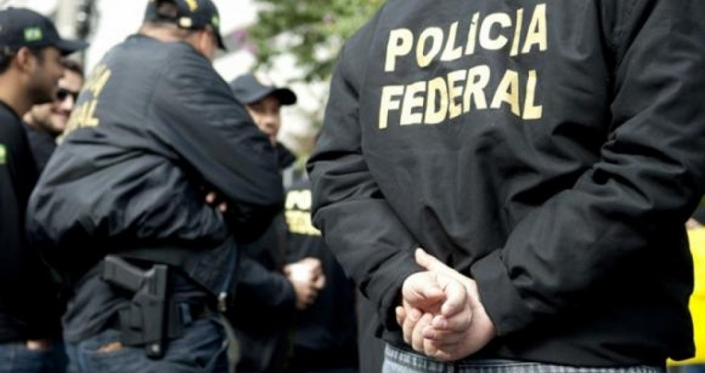 Polícia Federal prende grupo ligado ao tráfico de drogas do PCC