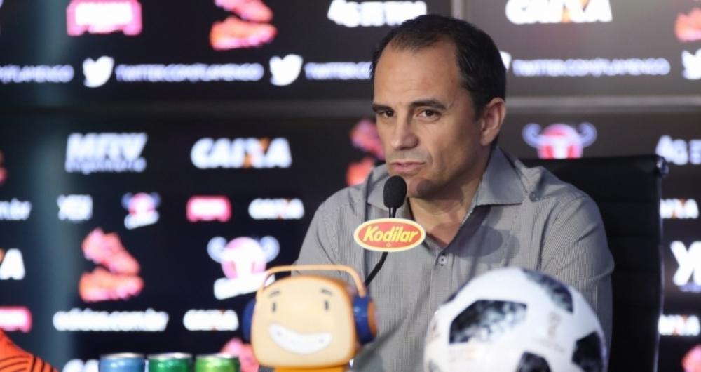 Rodrigo Caetano descartou a contrata��o de Zeca