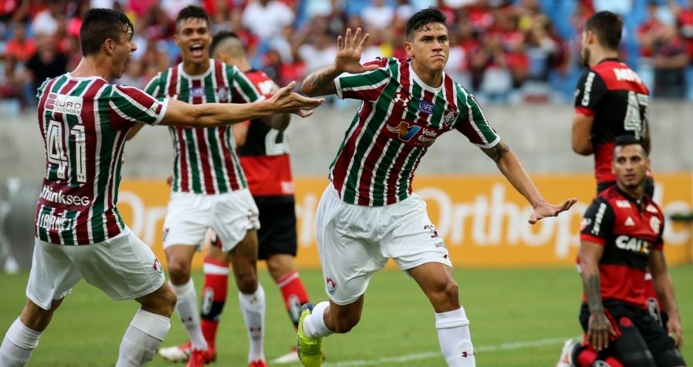 Chocolate tricolor! Fluminense passeia em Cuiabá e faz 4 a 0 no ... d85e9c2aee45d