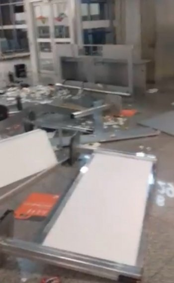 Funcionário tem surto e quebra objetos em terminal do aeroporto do Galeão
