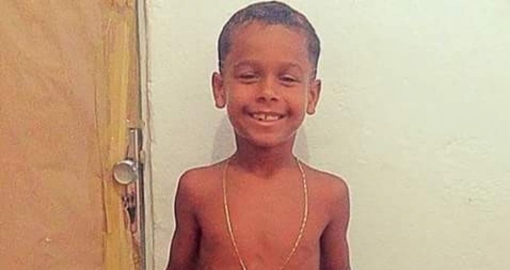 Marlon Andrade, de 10 anos, foi atingido por uma bala na cabe�a enquanto brincava no quintal de casa
