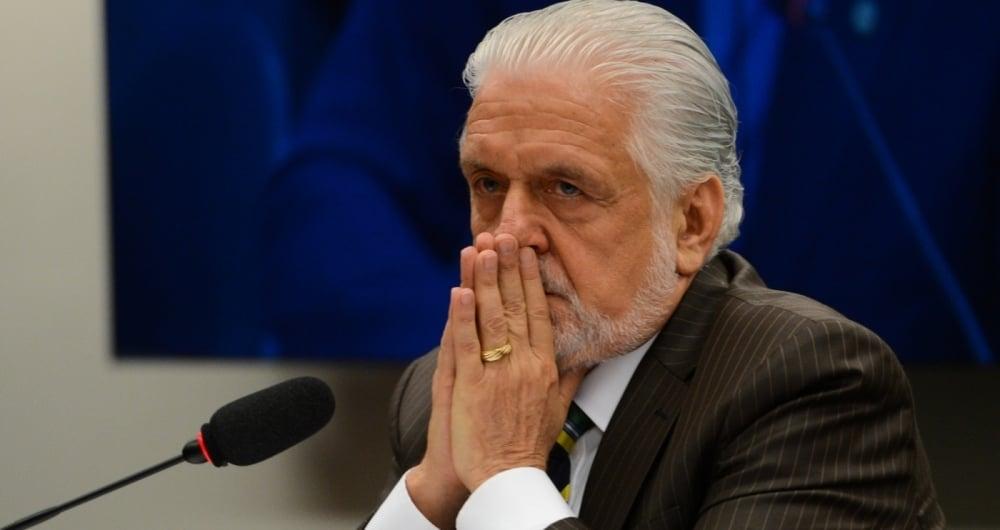 Jaques Wagner foi indiciado pela Polícia Federal
