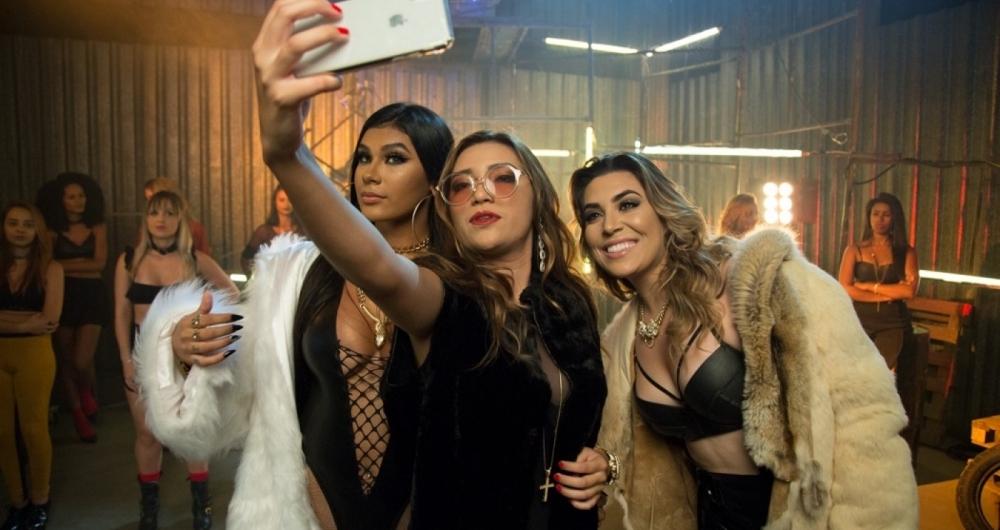 Dani Russo com Naiara Azevedo e Mc Pocahontas.