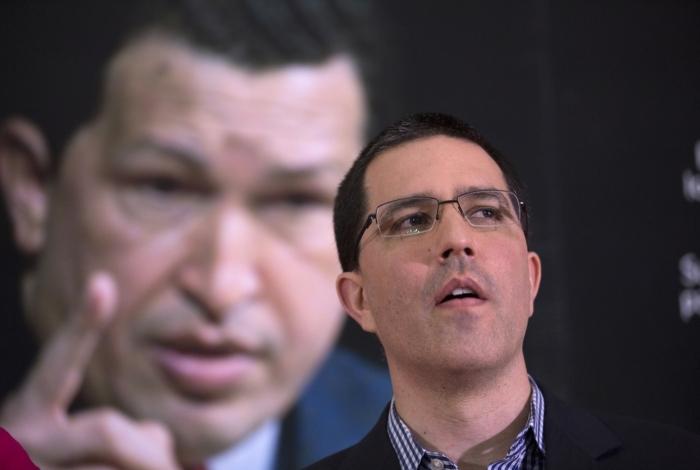 Chanceler da Venezuela, Jorge Arreaza, nega crise humanitária no país