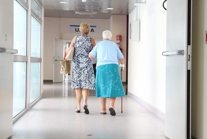 Aparecimento do Alzheimer é mais comum em pacientes com mais de 65 anos
