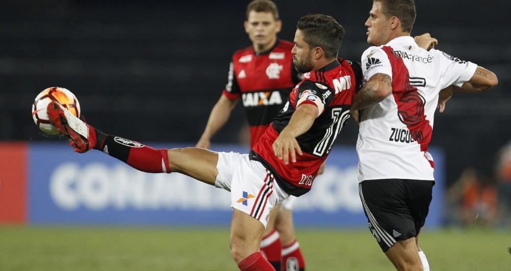 Flamengo e River empataram por 2 a 2