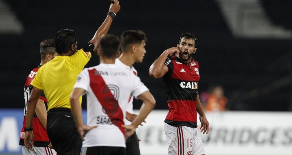 Flamengo ficou no empate com o River Plate