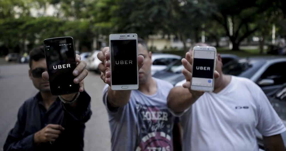 Motoristas do Uber comemoraram autorização do transporte, mas temem cobrança de taxa da prefeitura