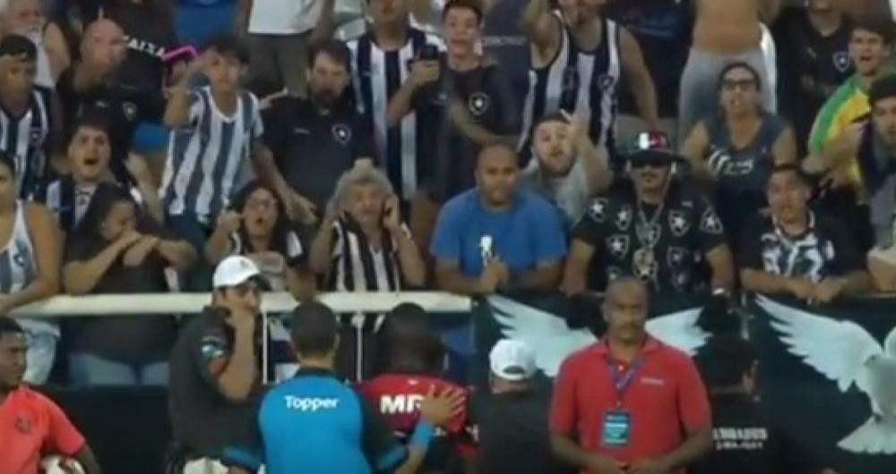 Vinicius Junior foi ofendido por torcedora alvinegra