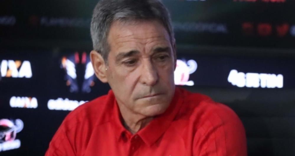 Carpegiani reclamou de 'cobran�a exagerada' ap�s vit�ria sobre o Botafogo
