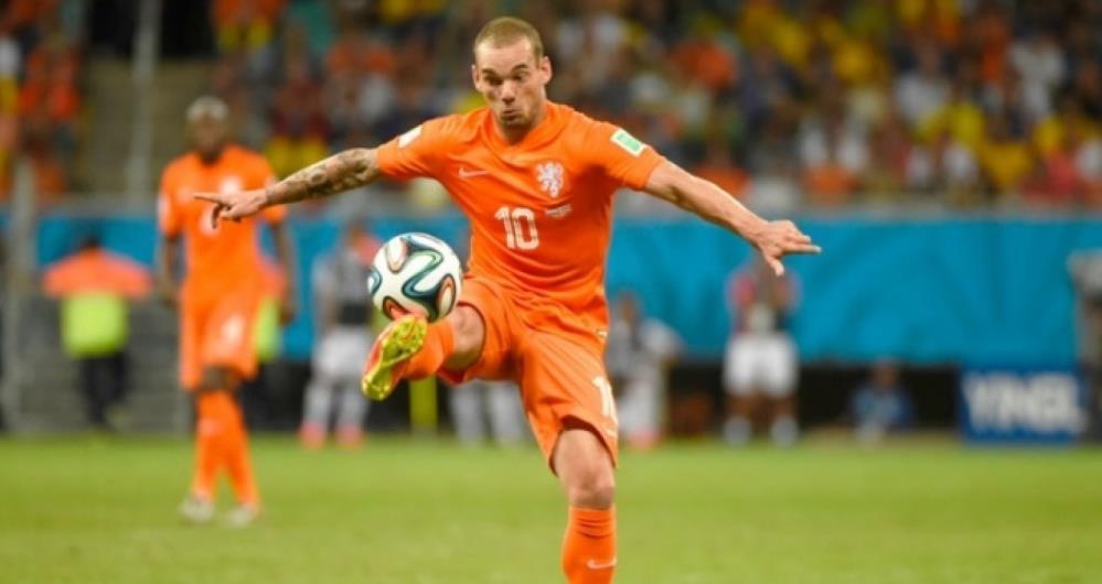 Wesley Sneijder comandou a sele��o holandesa no vice da Copa de 2010