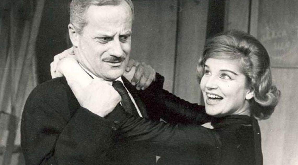 """Tônia Carrero e Paulo Autran em """"Seis Personagens à Procura de um Autor"""", de Luigi Pirandello, em 1959. Autran foi o seu amigo e maior parceiro de cena"""