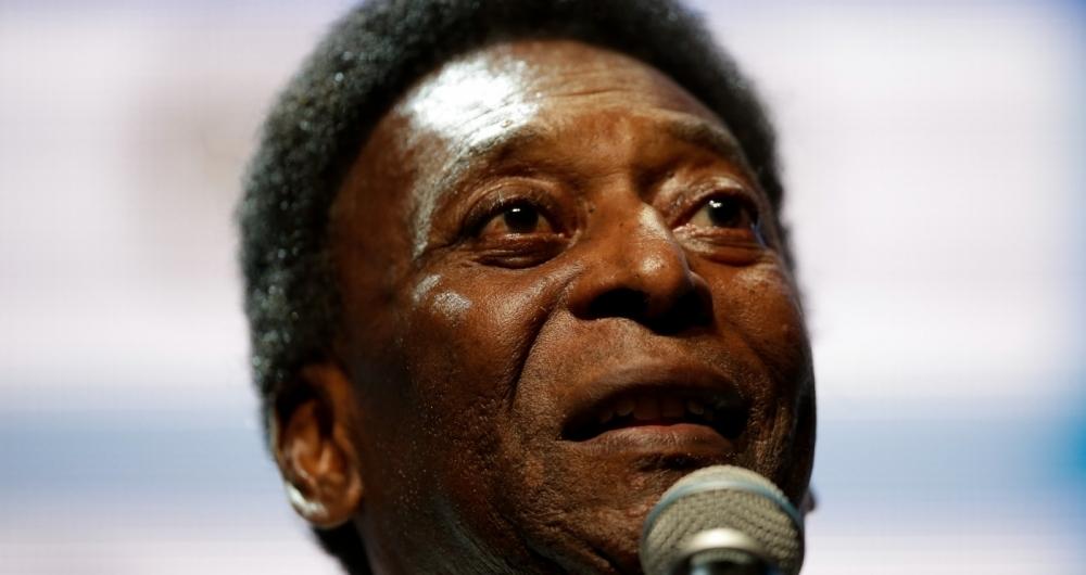 Resultado de imagem para Campeão do mundo detona Pelé na luta contra o racismo e o chama de egoísta