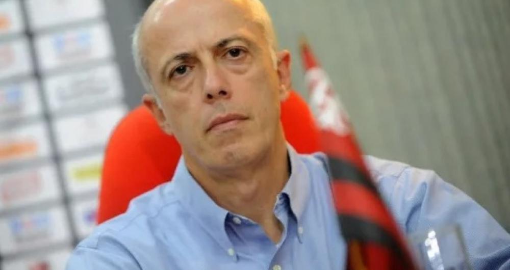 Ex-dirigente detona diretoria do Flamengo e revela jogador que  não ... 5d7912424c196