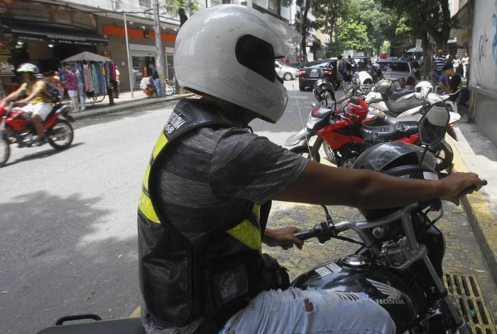 Profissão de mototaxista foi regulamentada em 2018. Para o registro, profissionais devem procurar a Secretaria municipal de Transportes