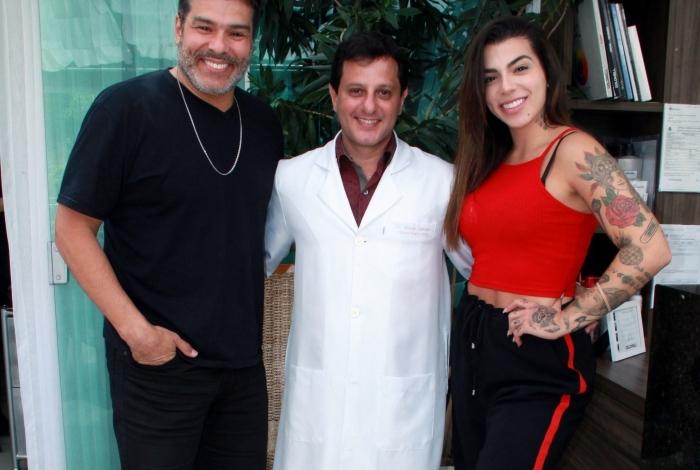 Maurício Mattar, o médico Claudio Ambrósio e Petra Mattar