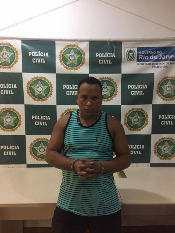 Preso suspeito de transportar drogas e armas para traficante