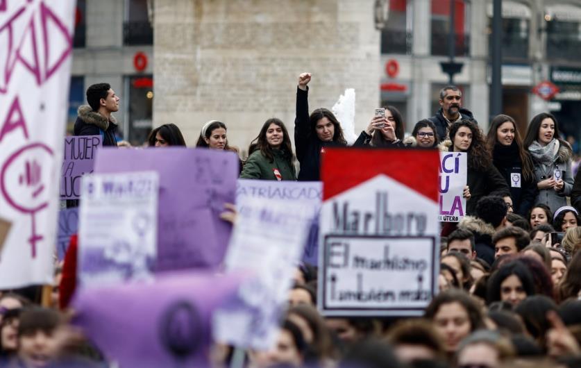Espanha celebra o Dia Internacional das Mulheres com greve geral sem precedentes em defesa de seus direitos.