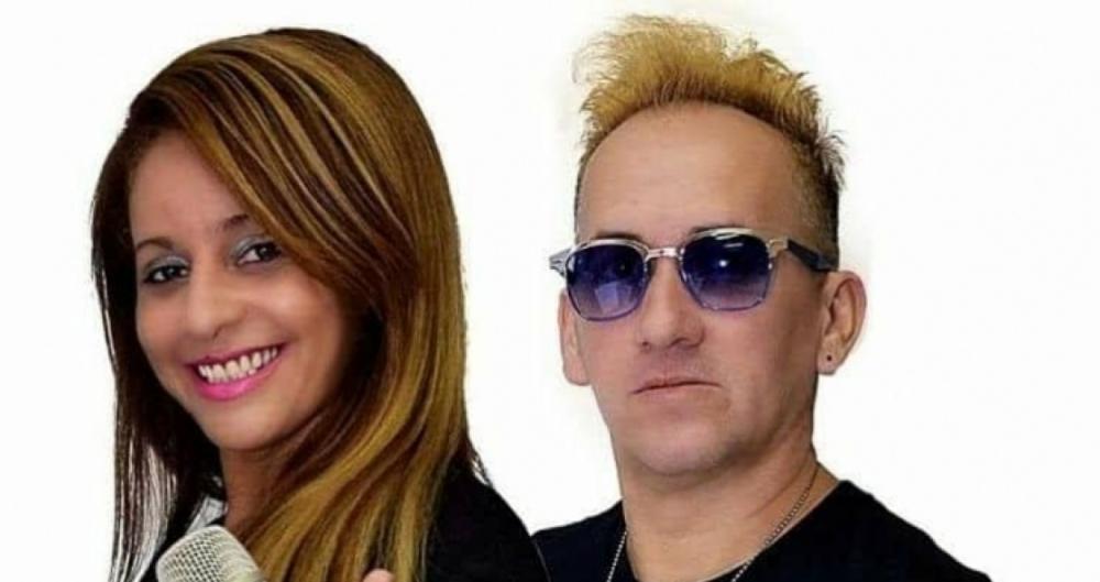 Cris Fran�a, vocalista da banda Impacto Show: sonho realizado