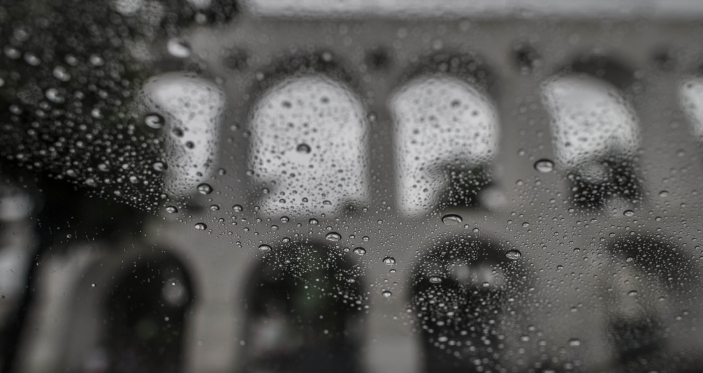 Clima Tempo - Dia chuvoso no centro da cidade. Rj, 08 de marco