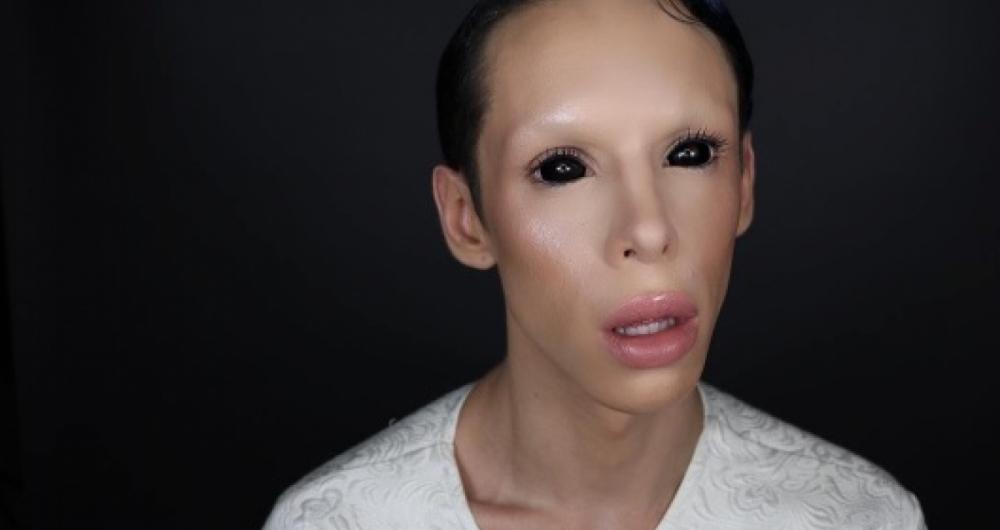 Vinny diz que quer ser assexual e sem gênero desde que tinha 17 anos.