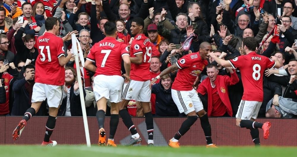 Dois gols de Rashford dão vitória ao Manchester United contra o Liverpool