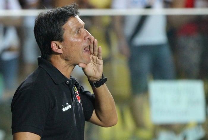 Z� Ricardo � o nome pretendido para assumir o time do Botafogo