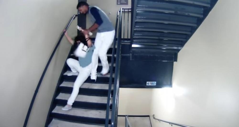 Jogador agride brutalmente namorada