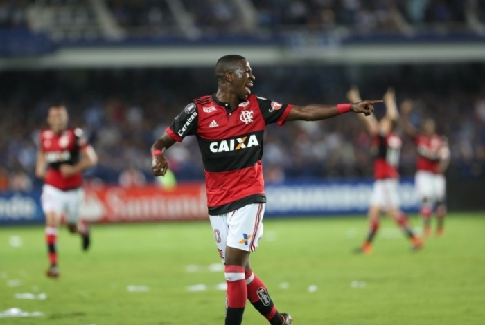 Vinicius Junior foi comprado pelo Real Madrid