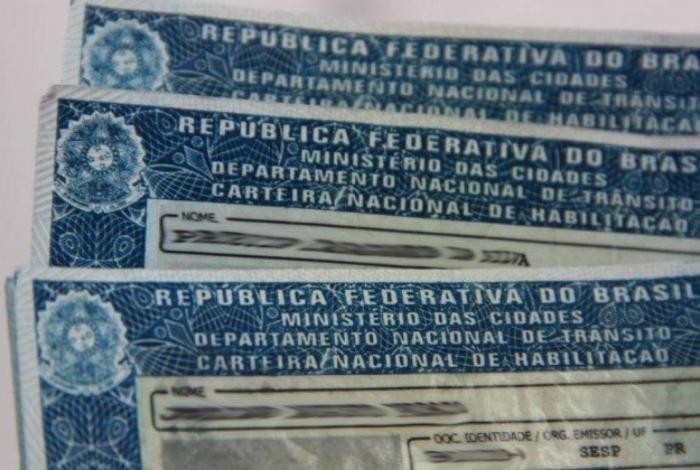 Detran-RJ desbloqueia suspensões de carteiras de habilitação durante pandemia