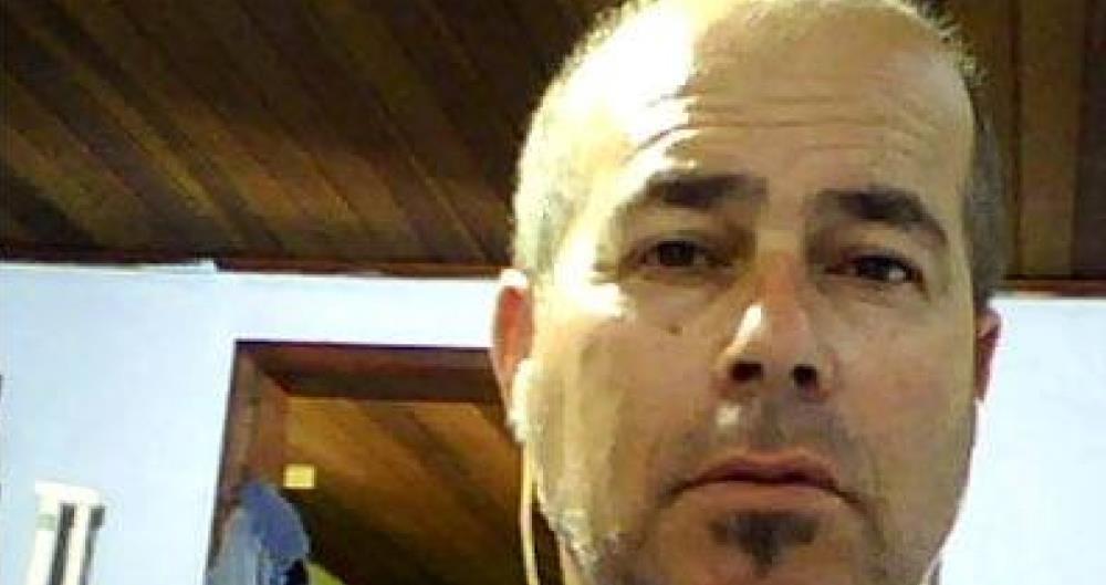 Julio C�sar de Medeiros, de 53 anos, morreu atingido por uma bala perdida em Montevid�u, no Uruguai.