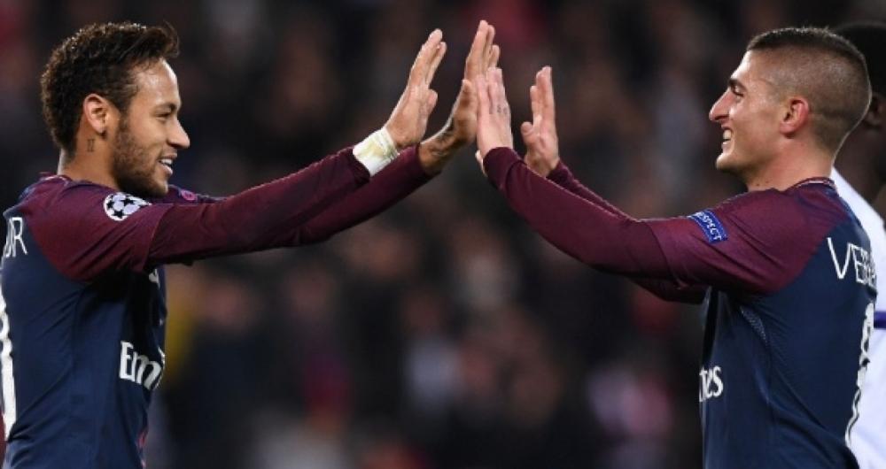 Neymar e Verratti comemoram gol