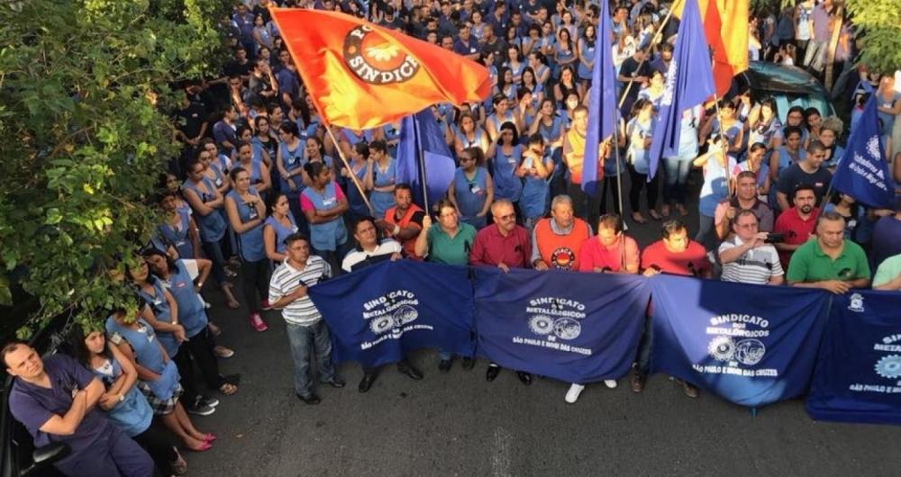 Metal�rgicos fizeram manifesta��o contra assassinato de Marielle Franco e Anderson Gomes na Zona Leste de S�o Paulo.