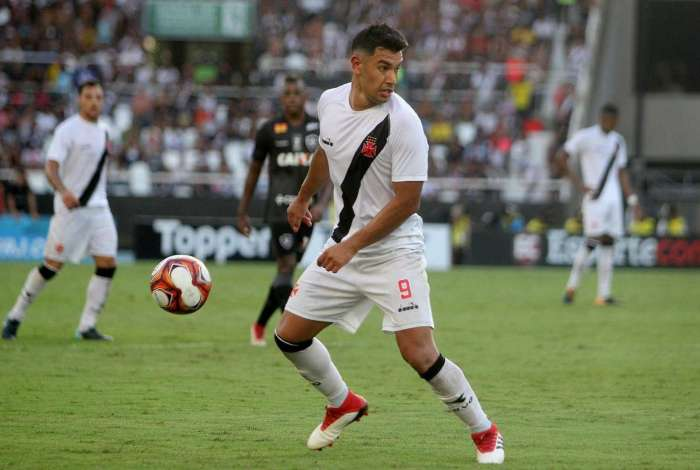 Andrés Ríos foi um dos destaques na vitória sobre o Botafogo e reencontra o rival, amanhã, no Nilton Santos