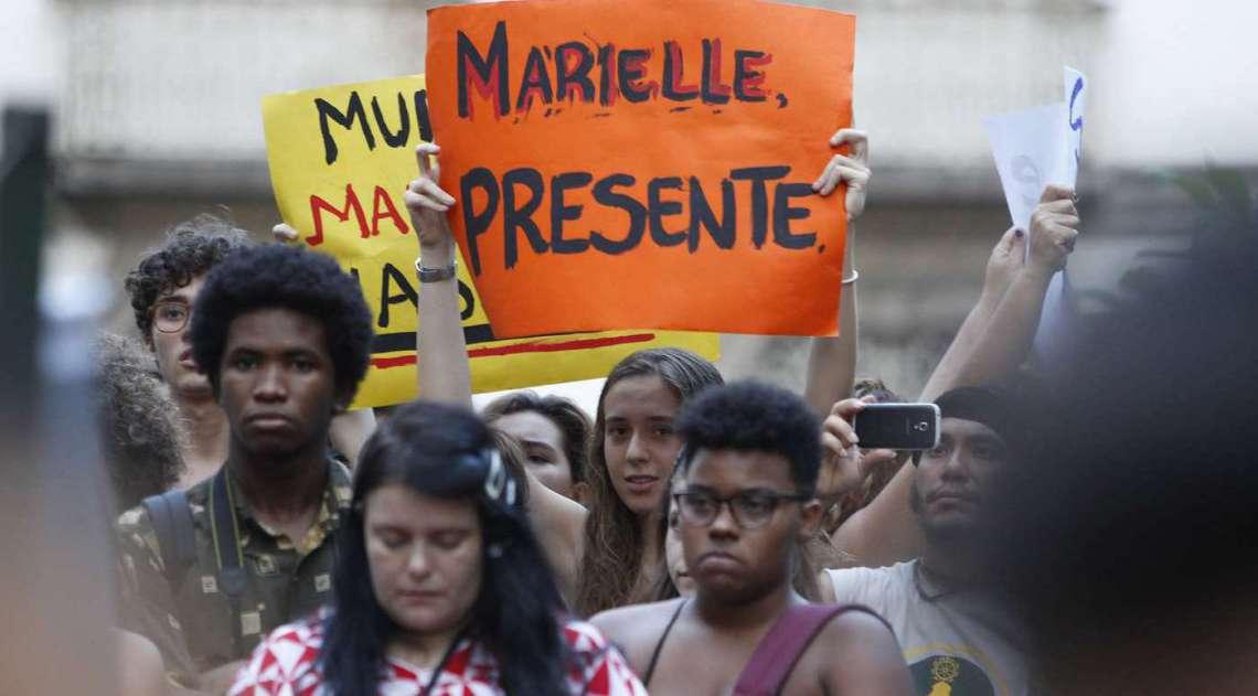 Manifestação reúne milhares de pessoas em protesto contra a morte da vereadora Marielle Franco