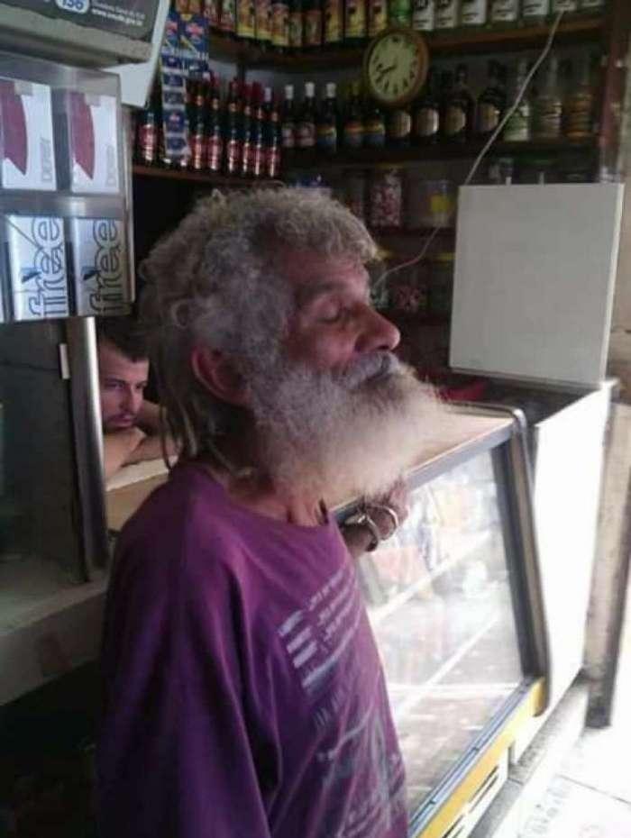 Morador, conhecido como Marechal, morreu em confronto na comunidade na noite desta quarta-feira
