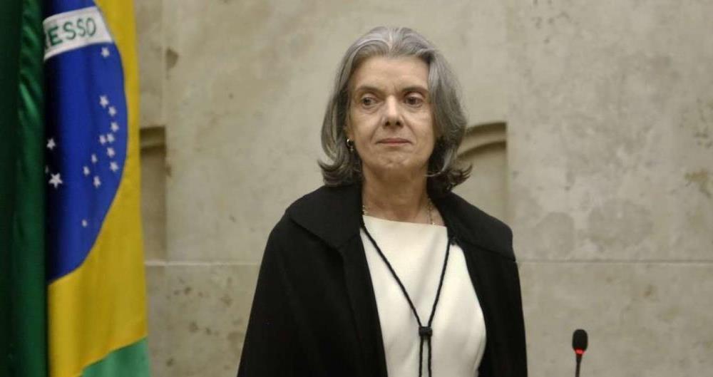 C�rmen L�cia: presidente do Supremo p�s habeas corpus em pauta ap�s press�o de todos os lados e foi contra adiamento da decis�o