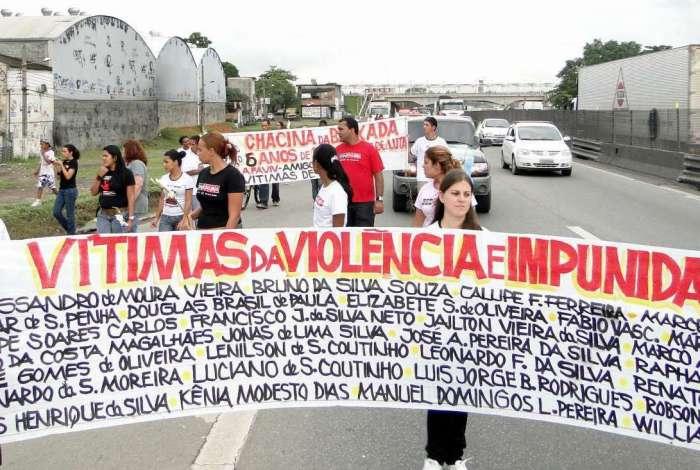 Evento vai relembrar os 13 anos dos assassinatos. Caminhada terá concentração na Via Dutra, em Nova Iguaçu