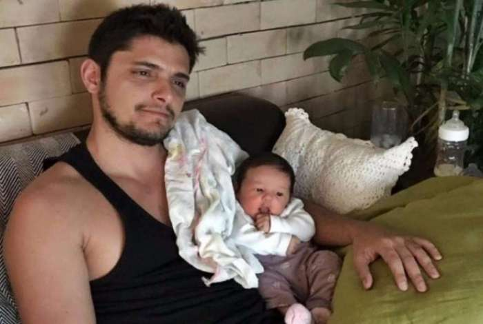 Bruno Gissoni e a filha Madalena