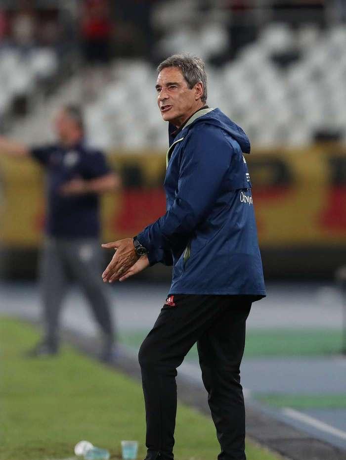 Paulo César Carpegiani é o novo treinador do Vitórui