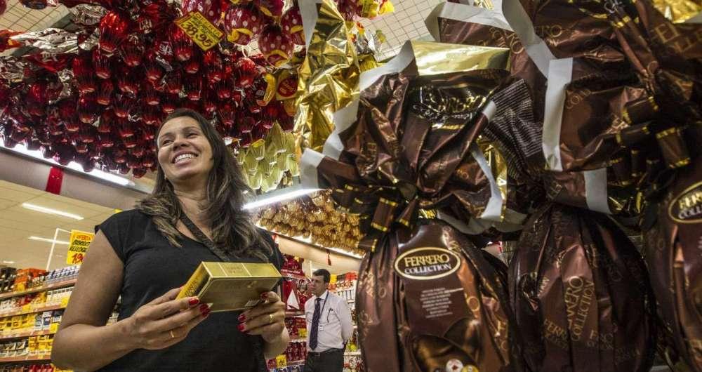 Os preços dos ovos fizeram a enfermeira Iris Milani optar por comprar caixas de bombons para os filhos
